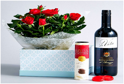 Surprise your Valentine with Amazing Online Gifts