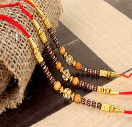 Get the best and trendiest Rakhi gift packages on this RakshaBandhan 2020