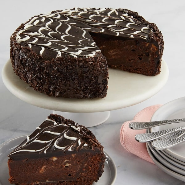 Send Marble Brownie Cake Online to make Birthdays Special